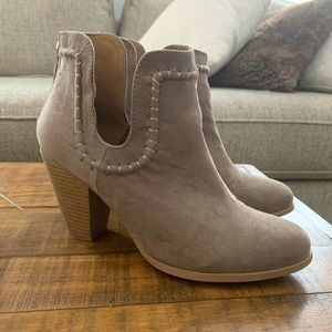 Qupid Booties size 8.5